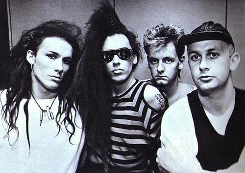 Dead ou Alive band fond d'écran titled DOA