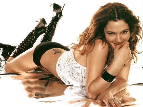 Drew Barrymore پیپر وال possibly with a bikini and a swimsuit کا, سومساٹ titled Drew Pretty پیپر وال