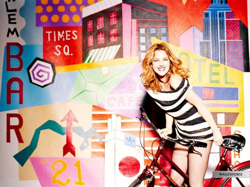 Drew Barrymore wallpaper possibly containing a sign entitled Drew Pretty