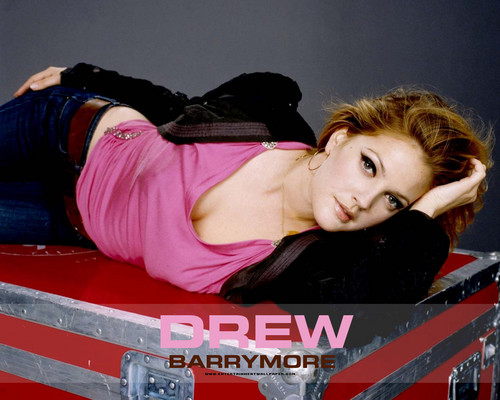 Drew Barrymore wallpaper titled Drew Pretty
