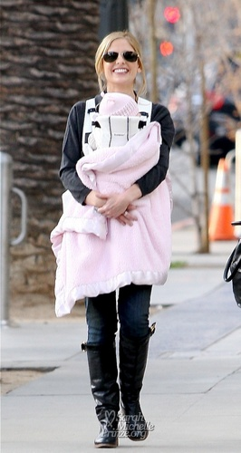 JANUARY 6TH - Walking in Santa Monica with charlotte Grace