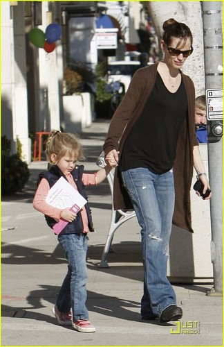 Jennifer & बैंगनी, वायलेट