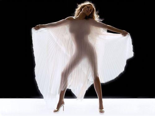Mariah Pretty দেওয়ালপত্র