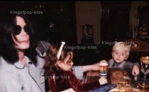 Michael bebês ;)