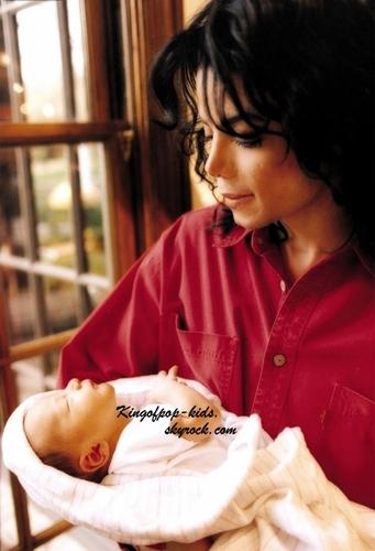 Michael's শিশুরা ;)