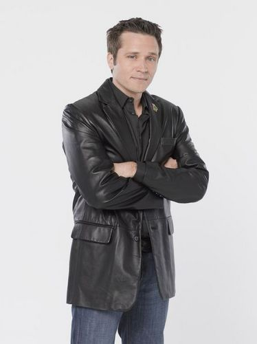 Castle wallpaper entitled New Promo Pics! Season 2 Kevin Ryan