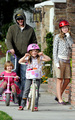 Peter Facinelli and Jennie Garth: Lunch with the Kids - twilight-series photo