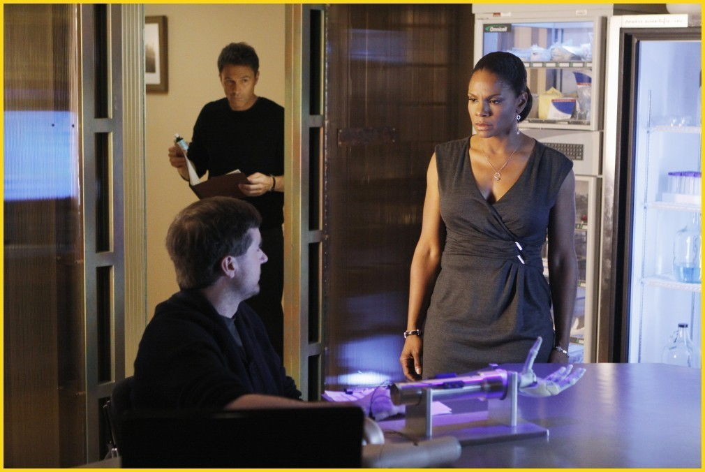 Private Practice - Episode 3.12 - Best Laid Plans - Promotional фото