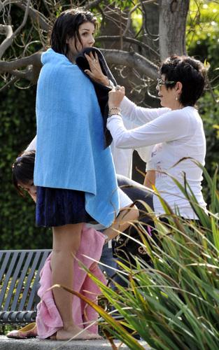 Shenae On The Set of 90210