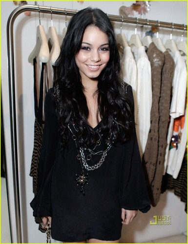 Vanessa @ The Stella McCartney Store