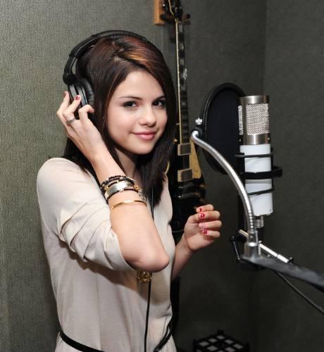 "recording ""kiss & tell"" album's songs"