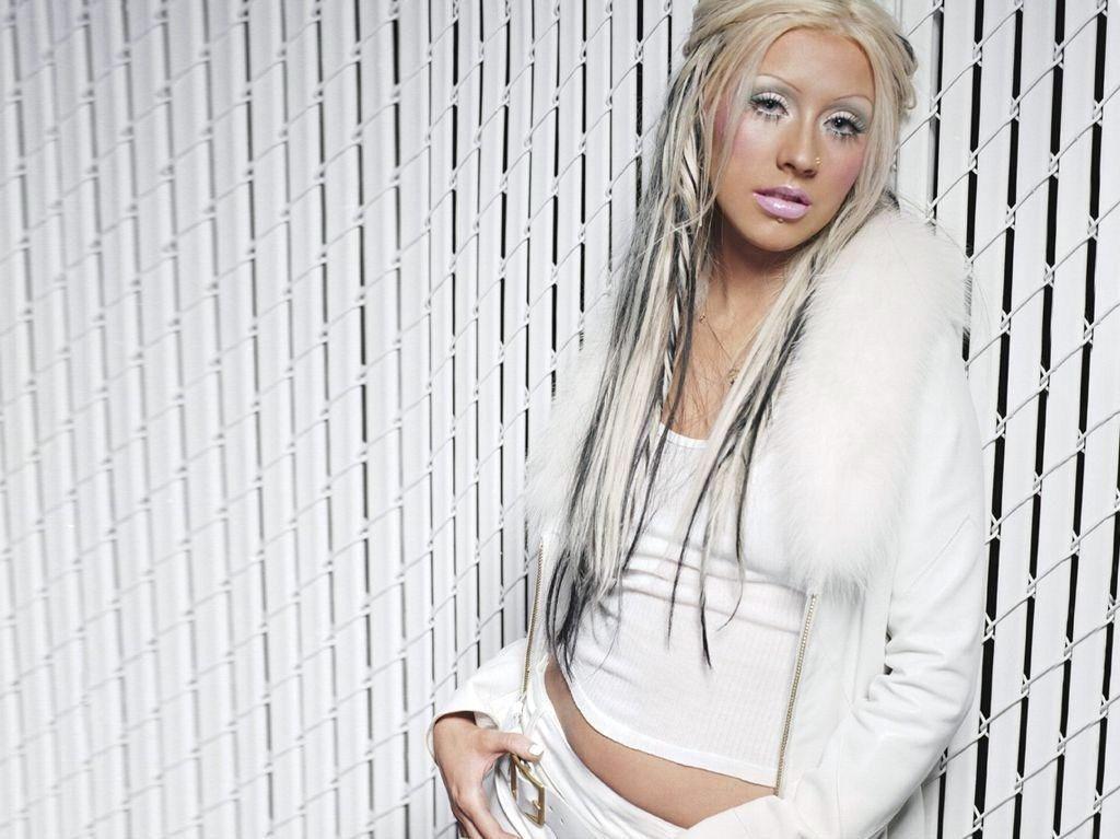 xtina - Christina Agui... Christina Aguilera Candyman
