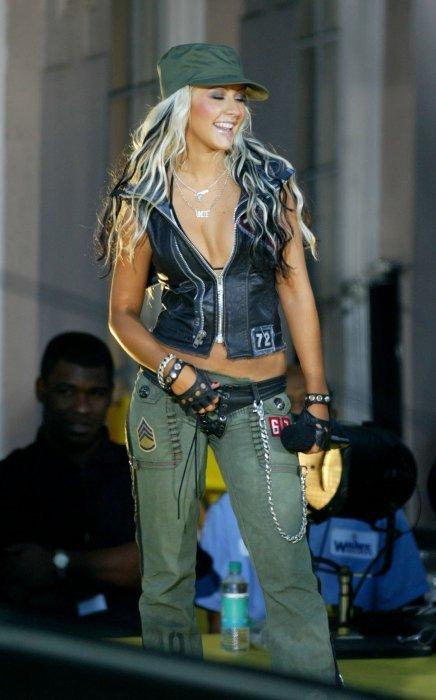 Christina Aguilera xtina dirtyXtina Dirrty Live