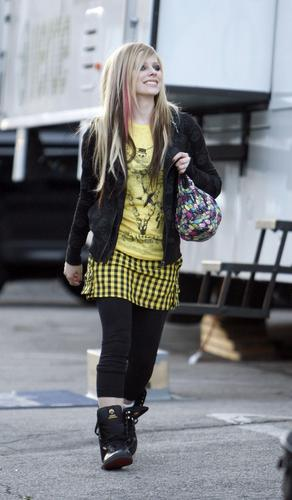 Avril wear Abbey Dawn Clothing HD