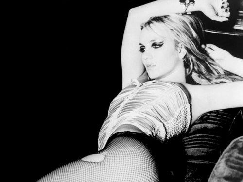 Britney Pretty wolpeyper