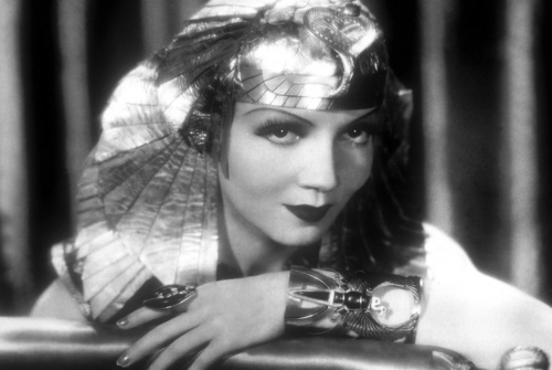 Classic Movies wallpaper titled Claudette Colbert