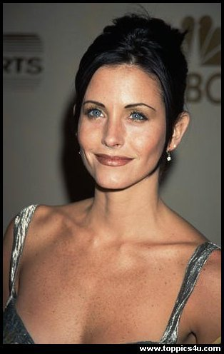 Courteney basse, bass Cox::.