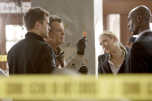 Fringe stills - 2.03 - anna-torv Photo