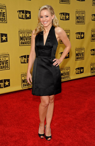 Kristen @ 2010 Critics Choice Movie Awards