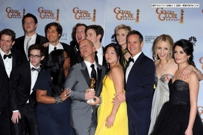 Lea and glee Cast @ 67th Golden Globe Awards