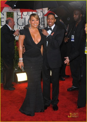 Mariah @ 2010 Golden Globe Awards