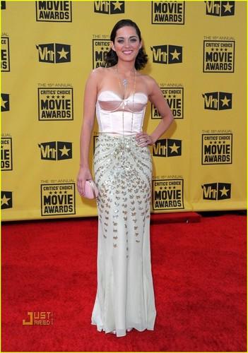 Marion @ 2010 Critics Choice Awards