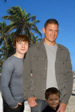 Michael Scofield with LJ and MJ
