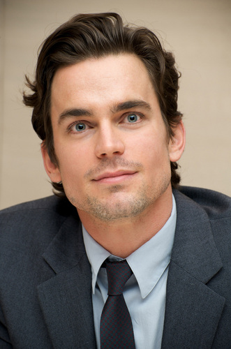 Matt Bomer hình nền titled Press Conference