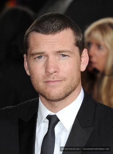 Sam at 2010 Golden Globe Awards Red Carpet
