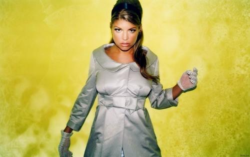 Stacy Ferguson (Fergie)