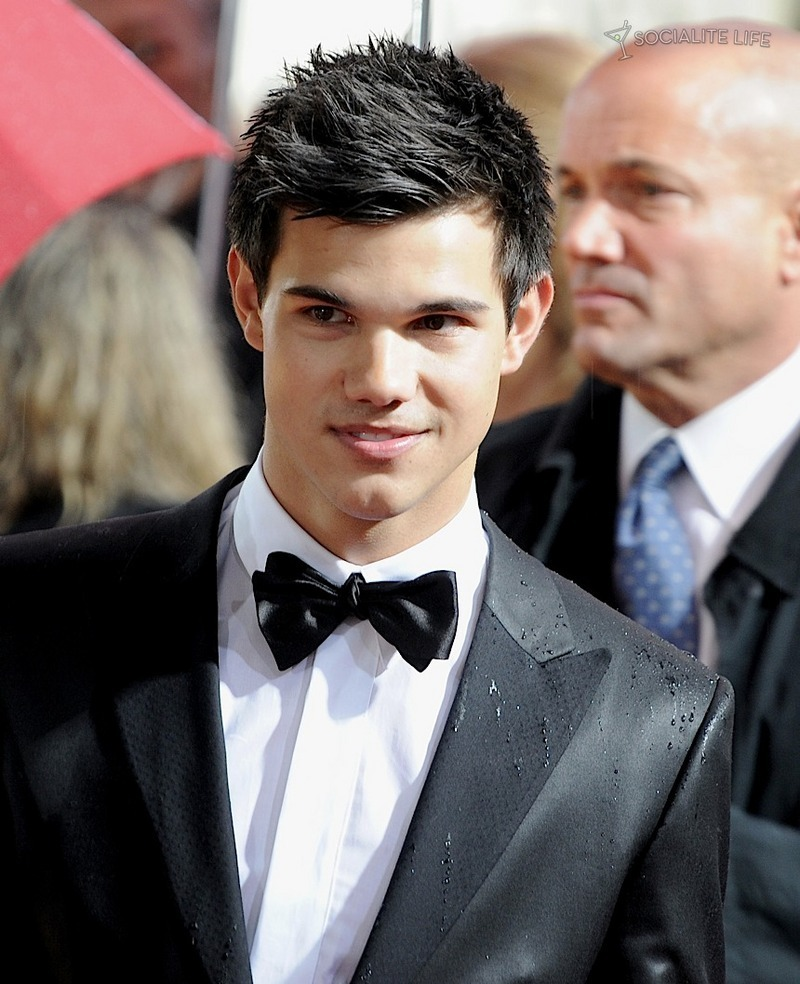 Taylor Lautner - 67th Annual Golden Globe Awards