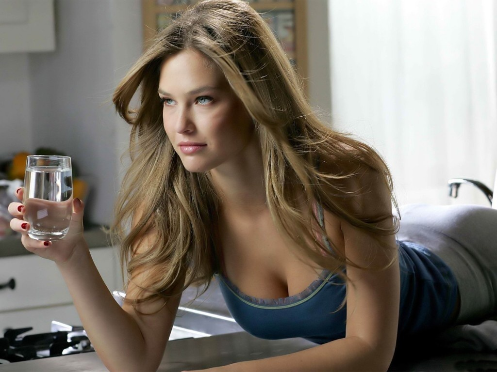 bar refaeli in a - photo #2