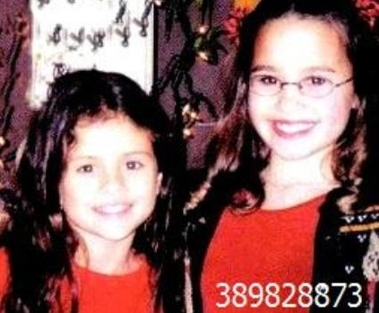 sele and demi - selena-gomez-and-demi-lovato photo