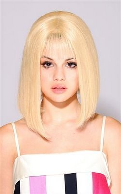 selena blondie!! - selena-gomez Photo