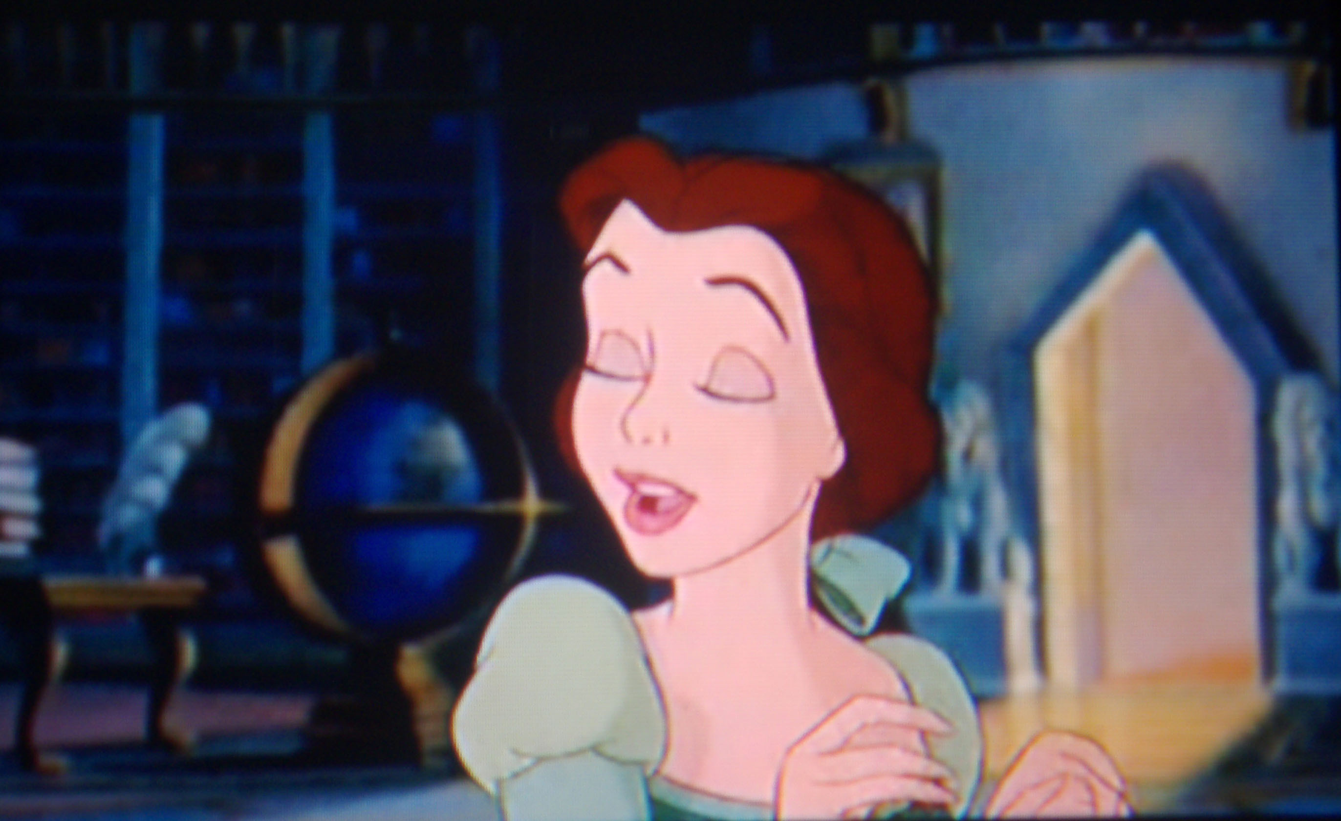 What Is Your Paborito Outfit That Belle Wears