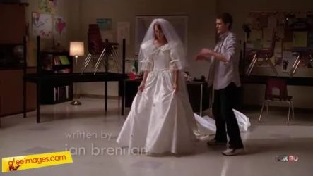 Glee Which Of Emmas Wedding Dresses Did You Like Best