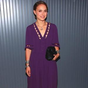 which purple dress do you prefer natalie portman fanpop