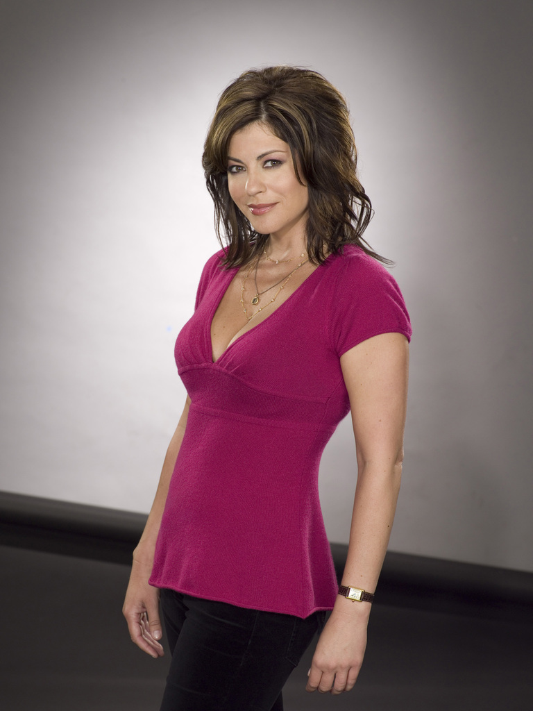 Julie Pinson Which of Julie39s daytime characters did you like more