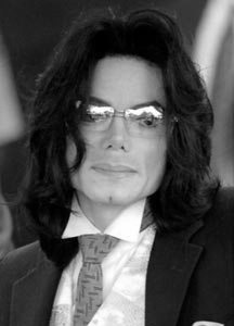 bf17503ccfd Michael Jackson Which Glasses Do U Think Michael Jackson Looked The Best In