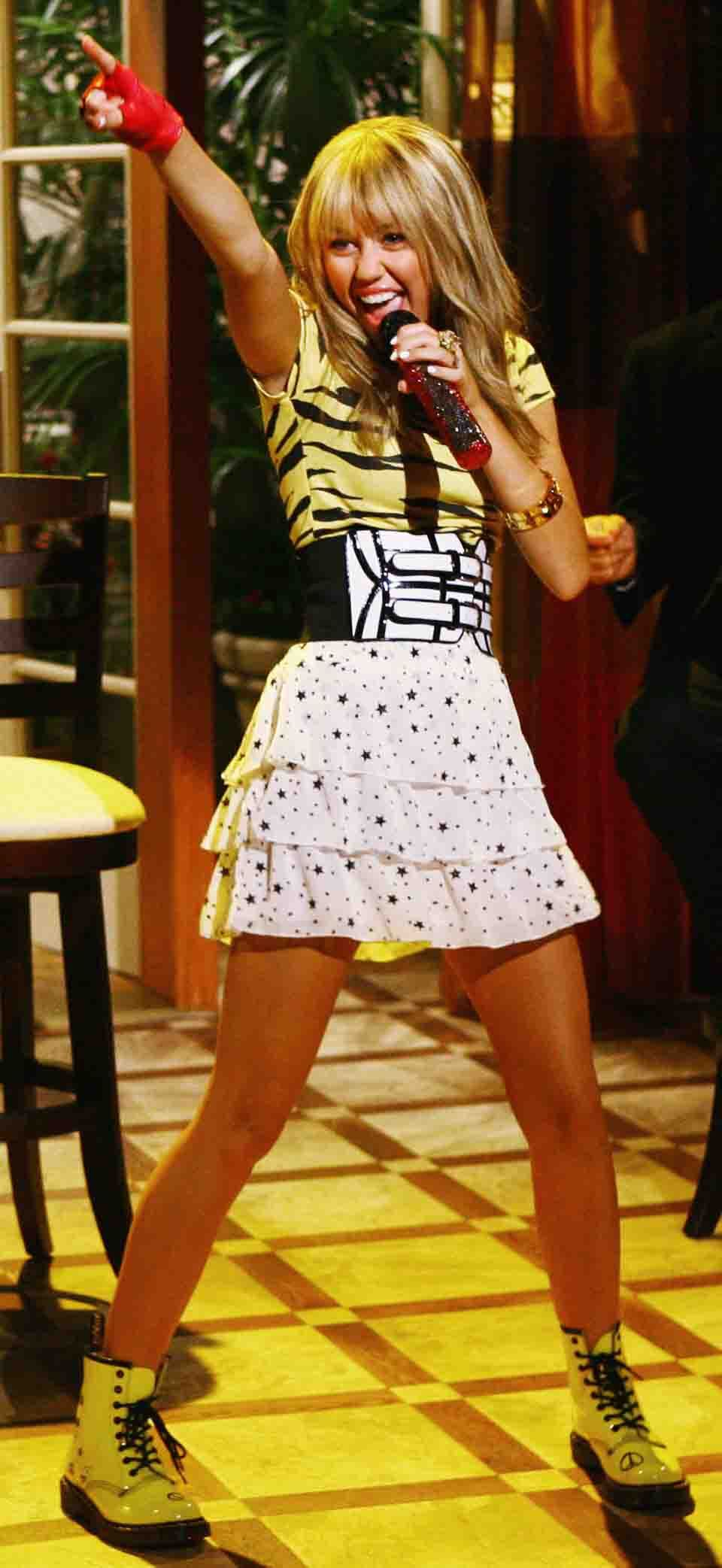 Which of Hannah Montana clothes do u love?? - Miley Cyrus ...