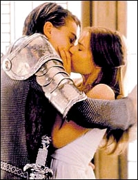 "Romeo and Juliet"" kiss"