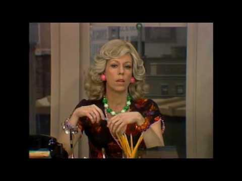 Carol Burnett as mrs wiggins