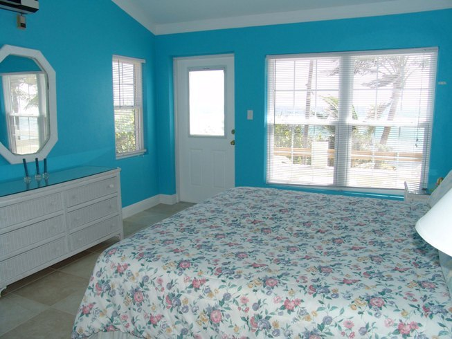Thinking About Re Doing My Room What Color Should I Paint