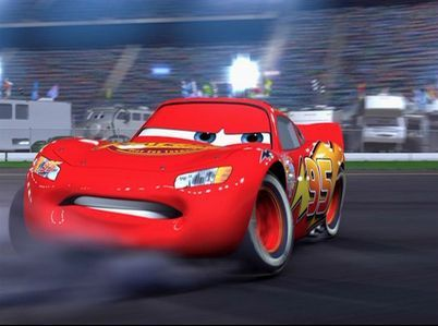 What comes to Lightning's memory when he sees The King get dumped in the grass (in the last Piston Cup race)?