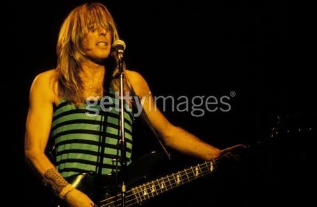 what was Cliff Williams job before he joined the band Home?