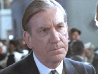 Lovejoy put Rose's हार in Jack's...