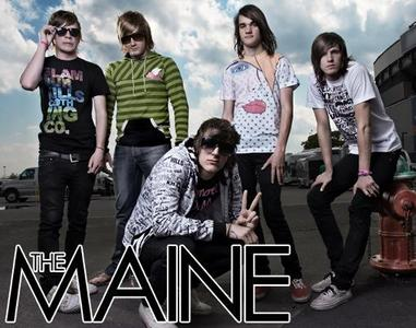 What member of All Time Low interviewed The Maine?