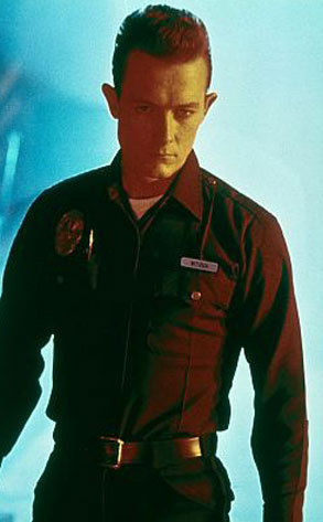 What was the name on the name badge on the police uniform, worn by the T-1000 in T2?