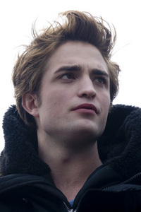 why did stephanie myer want Rob Pattinson to play Edward in Twilight?