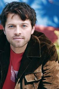 Is Misha Collins really on twitter?
